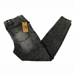 Rock & Republic Black Acid Wash Pull On Leggings